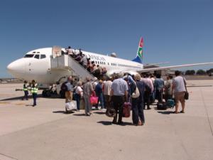 South African Airways licenciera massivement