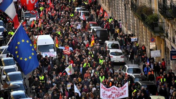 Retraites: nouvelle journée interprofessionnelle de grèves et manifestations le 16 janvier