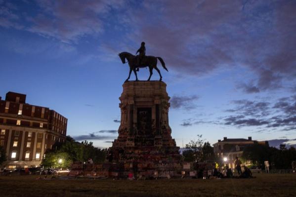 Etats-Unis : L'ex-capitale des confédérés retire les monuments à leur gloire
