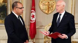 Le nouveau chef du gouvernement tunisien (g.) chez le chef de l'Etat