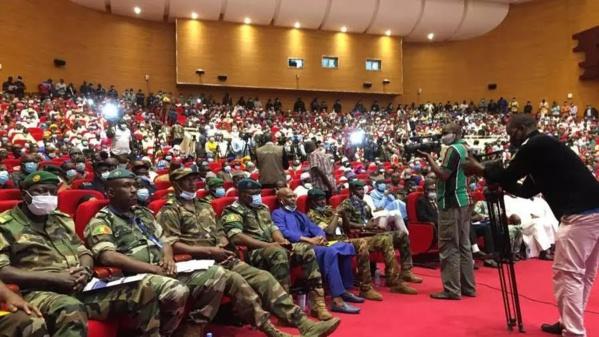 Mali : la Junte snobe la Cedeao et opte pour une transition de 18 mois