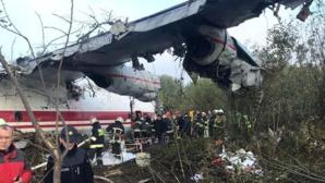 Ukraine : un avion militaire s'écrase à l'atterrissage: au moins 22 morts