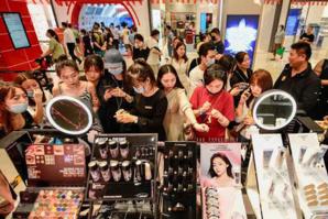 """""""La reprise de l'économie chinoise s'avère plus solide que prévu durant les vacances de la Fête nationale"""""""