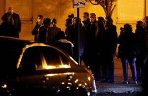 """""""Ils ne passeront pas"""", dit Macron à Conflans-Sainte-Honorine"""