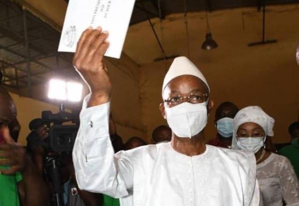 Guinée: l'opposant Cellou Dalein Diallo proclame sa victoire