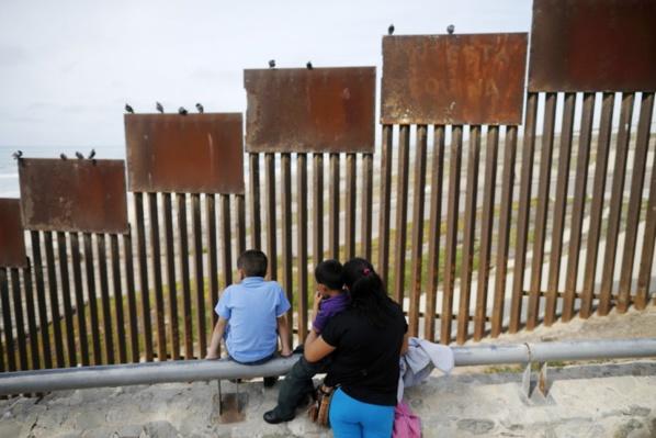 Usa : la Cour suprême jugera la politique migratoire de Trump