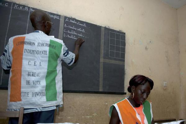 Election présidentielle en Côte d'Ivoire : le chef de l'ONU appelle à un scrutin pacifique