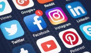 La réglementation des réseaux sociaux fait polémique entre Nigérians