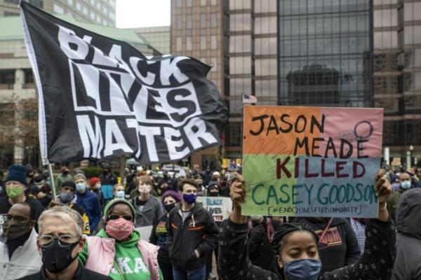 États-Unis : Un homme noir non armé tué par un policier