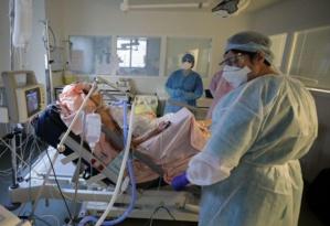 Plus de 26.000 nouveaux cas recensés en 24h en France