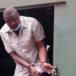 """Zimbabwe: un journaliste emprisonné dénonce une loi """"inconstitutionnelle"""""""
