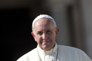 Vatican : La sciatique du pape l'oblige à réduire ses engagements