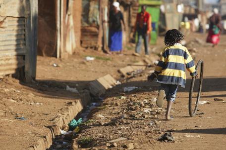 Lutte contre la pauvreté : l'Union européenne n'a pas tenu ses promesses, constate un expert de l'ONU