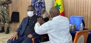 Le Président Macky Sall, parmi les Sénégalais déjà vaccinés contre la Covid