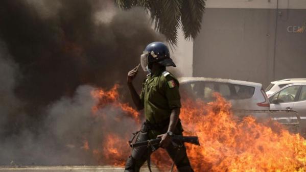 Émeutes à Dakar, où le principal opposant reste détenu