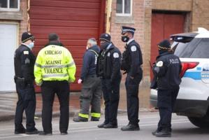 Au moins deux morts et 13 blessés dans une fusillade à Chicago