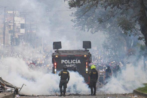 COLOMBIE : Les manifs contre la répression policière virent au chaos