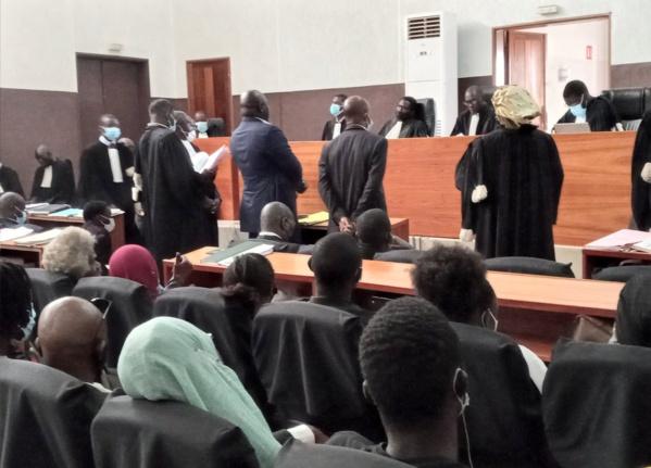 Le procès à la barre du tribunal de Dakar le 3 juin