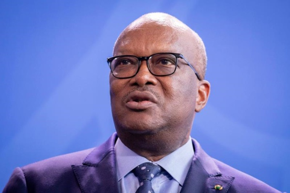 BURKINA: Le président Kaboré limoge les ministres de la Défense et de la Sécurité