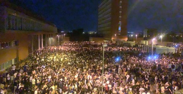 Madrid : la police surprise par une fête de 25 000 étudiants