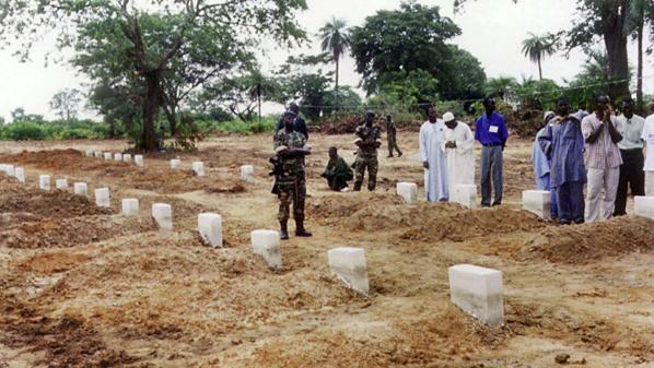"""Sénégal: le renflouement de l'épave du """"Joola"""", ultime combat des familles des victimes"""