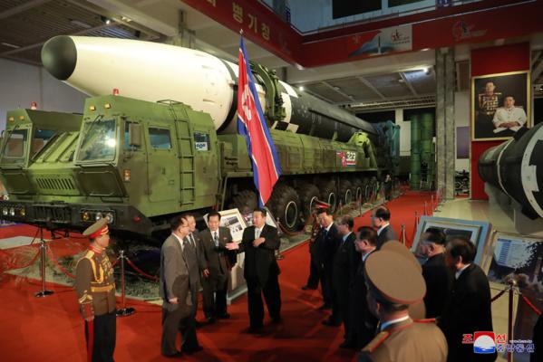 Pyongyang : Exposition du développement de la défense nationale « Autodéfense-2021 » (communiqué)