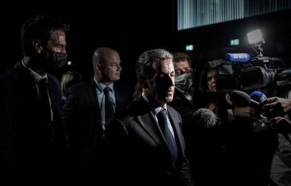 Affaire des sondages : des proches de l'ex-président Sarkozy sont jugés