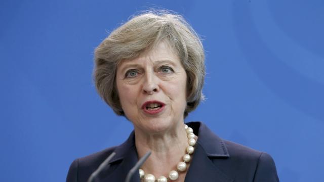 Theresa May veut une sélection pour le nouveau patron de la BBC