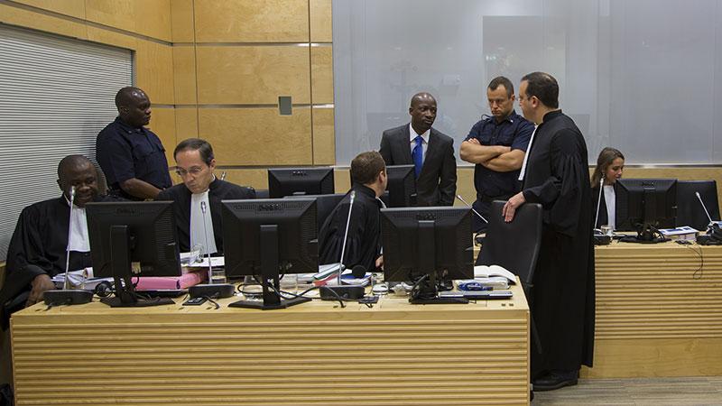 Un détenu de la Cour pénale internationale tente de se suicider