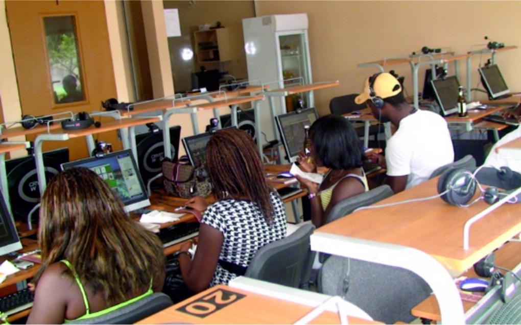 MARCHE DES TELECOMS - Quand les Sénégalais aiment de plus en plus internet !
