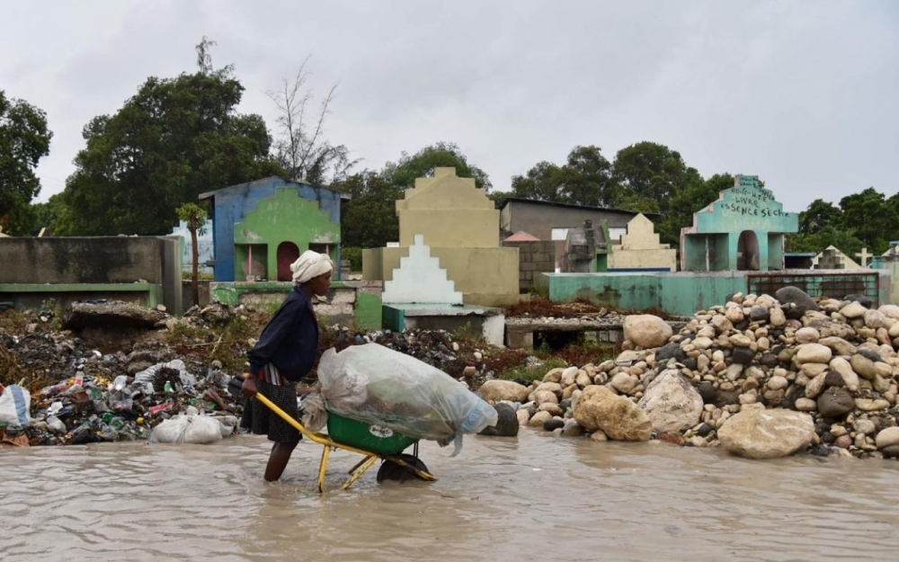 L'ouragan Matthew s'abat sur Haïti, un mort