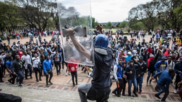 Nouvelles manifestations d'étudiants en Afrique du Sud