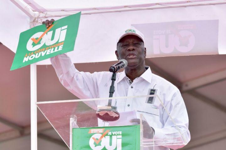 Alassane Ouattara appelle à voter la nouvelle constitution à au moins 96 %