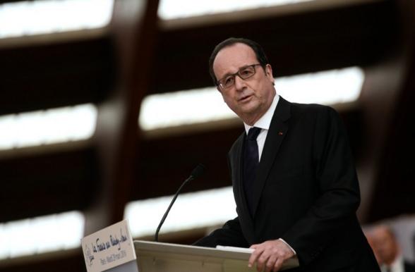 PRESIDENTIELLE 2017: Hollande renonce et éclaircit un peu la voie à gauche