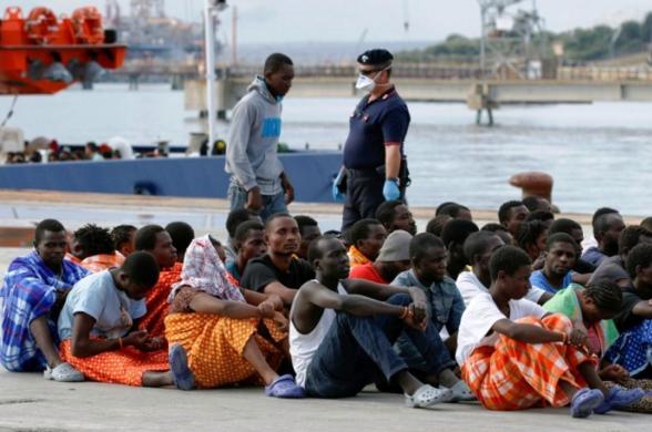 Plus de 90 migrants secourus au large des côtes espagnoles