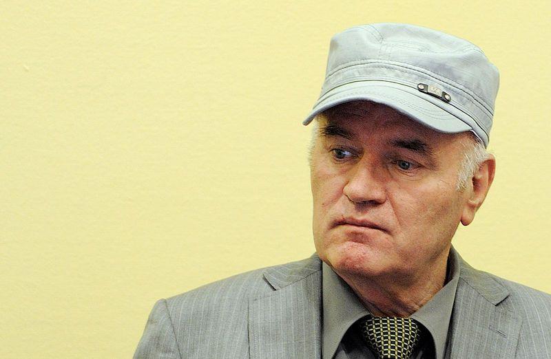 Prison à vie requise contre Ratko Mladic