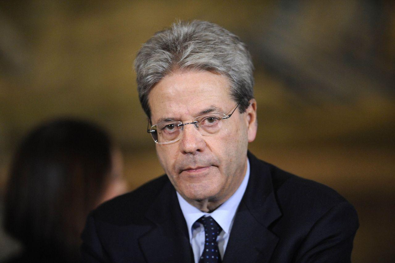 Paolo Gentiloni chargé de former le nouveau gouvernement italien