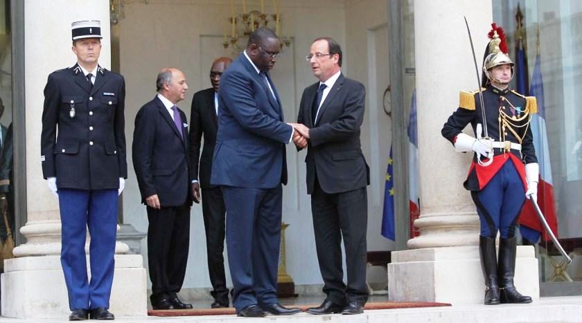 MARCHÉS, INVESTISSEURS, SÉCURITÉ... - Une France déprimée cherche salut en Afrique