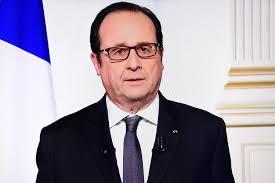 """""""Tout peut basculer"""", avertit Hollande à l'orée de 2017"""
