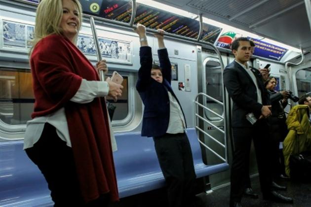 Les New-Yorkais aux anges devant leurs nouvelles stations de métro