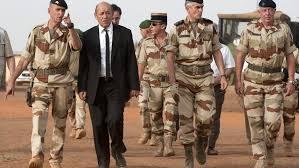 Mineur tué au Mali: conclusions de l'enquête d'ici à début février, promet Hollande