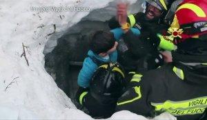 Italie : 8 survivants dont 2 enfants extraits de l'hôtel dévasté