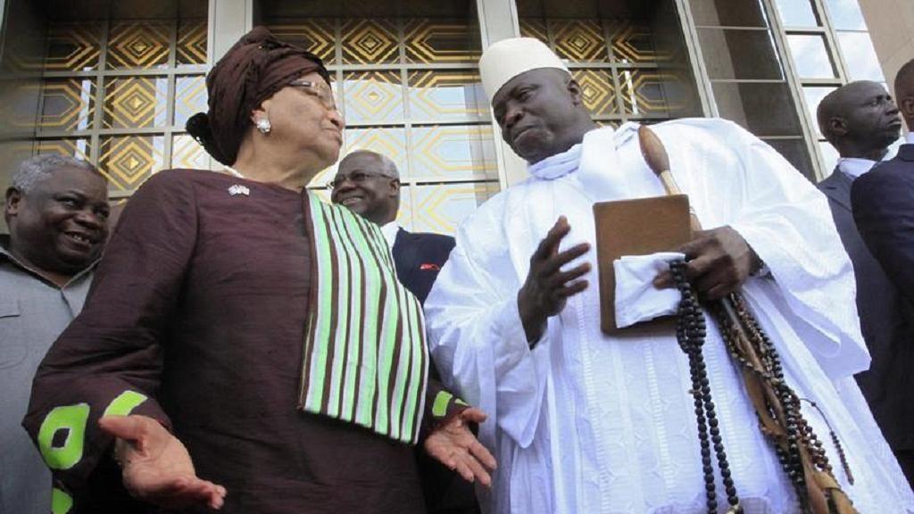 Jammeh ici avec Ellen Johnson-Sirleaf, présidente de la Cedeao