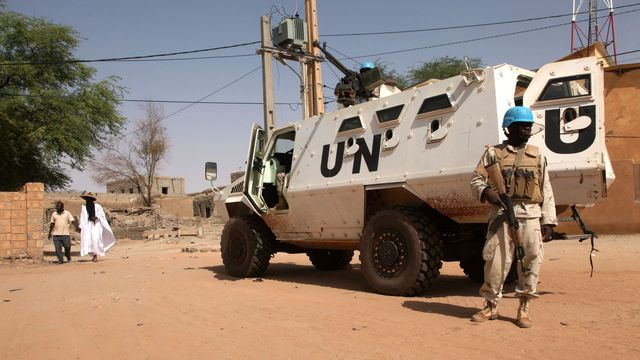 Mali: un Casque bleu tué dans une attaque au mortier