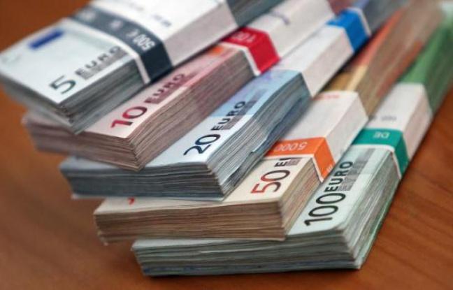 ACTIVITES DOUTEUSES, EVASION FISCALES, PARADIS FISCAUX … : Les banques  françaises au banc des accusés