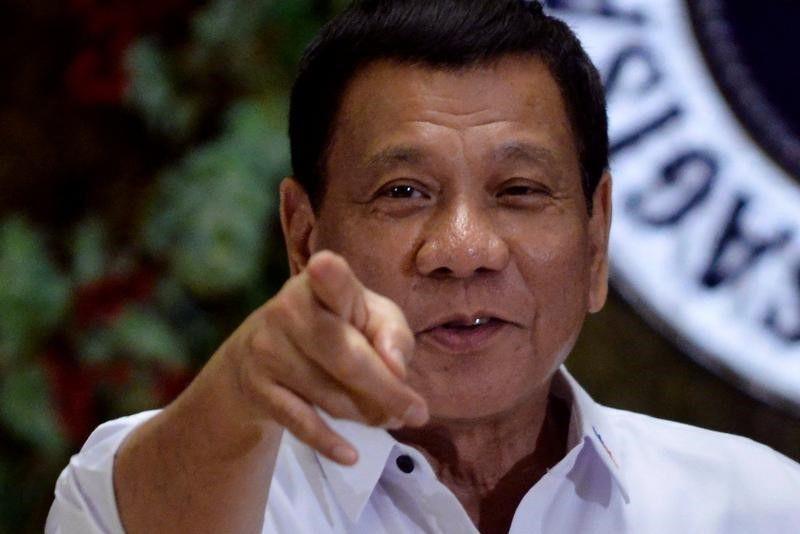 Le président philippin déclare la guerre aux rebelles maoïstes