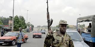 Côte d'Ivoire: reprise des tirs de soldats à Adiaké, près d'Abidjan