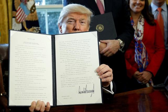 Trump abroge une règle anti-corruption dans le secteur énergétique