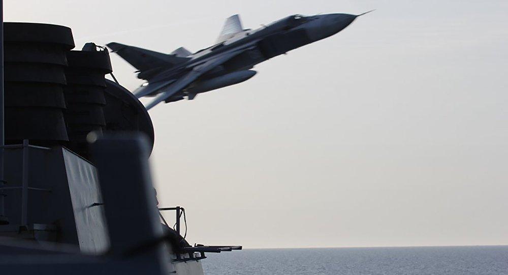 Incidents entre des chasseurs russes et un navire américain en mer Noire