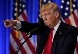 "Donald Trump offensif face à la presse ""malhonnête"""